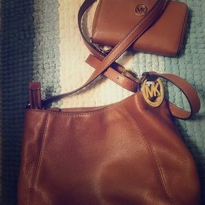 Genuine Michael Kors purse & wallet